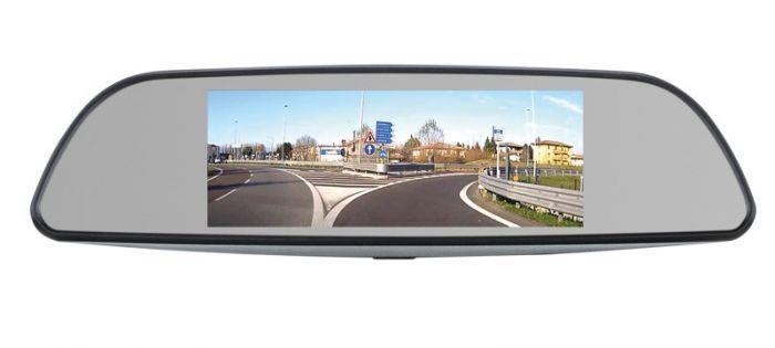 Specchietti retrovisori multimediali