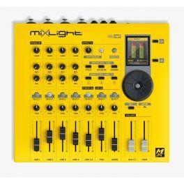 M-LIVE MIXLIGHT 4 EXPANDER CON MIXER, MULTI EFFETTO E HARMONIZER PER VOCE 32 CANALI MIDI