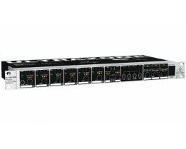BEHRINGER ZMX8210-V.2 ULTRAZONE MIXER 8 CANALI (+8 OPZIONALI) SU 3 ZONE EQUALIZZATORE 4 BANDE CONTROLLO A DISTANZA